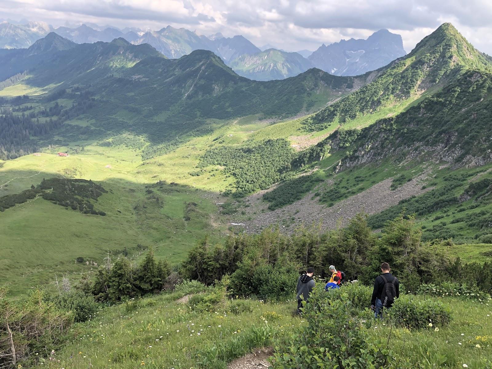 mycrm-team-in-den-bergen